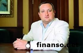 Из-за поездки Арбузова в ФРГ традиционное заседание Кабмина перенесли на август