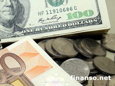 Под давлением находиться главная валютная пара евро/доллар