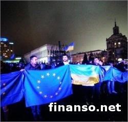 Президенту Украины был передан миллион подписей за евроинтеграцию