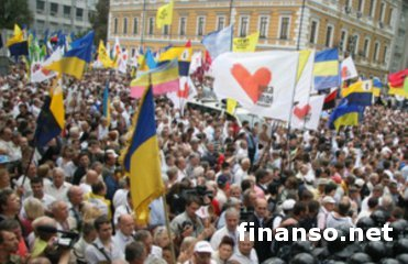 Центр Киева собрал более 100 тысяч людей, выступающих за евроинтеграцию Украины