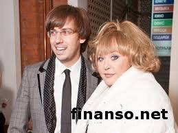 Пугачева и Галкин назвали своих детей Гарри и Елизавета