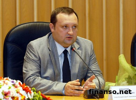 Арбузов заявил, что не видит угрозы стабильности гривны
