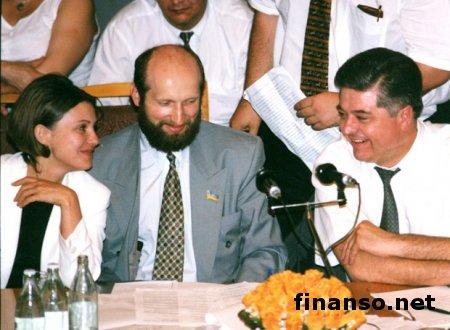 Бюджет Украины намерены пополнить деньгами Тимошенко и Лазаренко