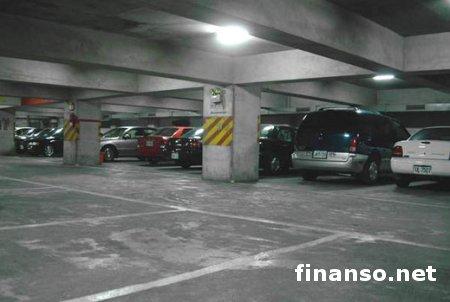 В центре столицы парковки планируют объединить под единым оператором – депутат
