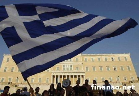 """В течение двух лет в бюджете Греции может образоваться """"дыра"""" - эксперты"""