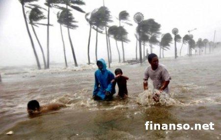 """Вследствие тайфуна """"Хайян"""" на Филиппинах погибли более 1200 человек"""