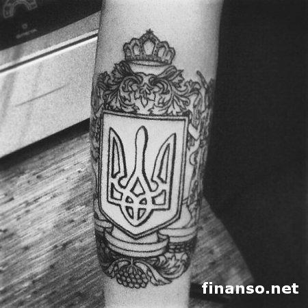 Тату трезубец украина 68