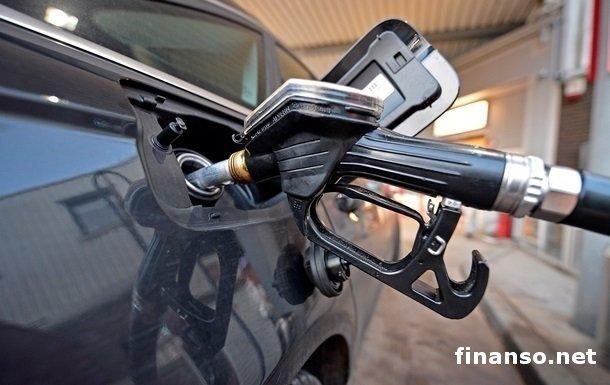 АЗС Украины стремительно повысили цены на бензин и дизтопливо