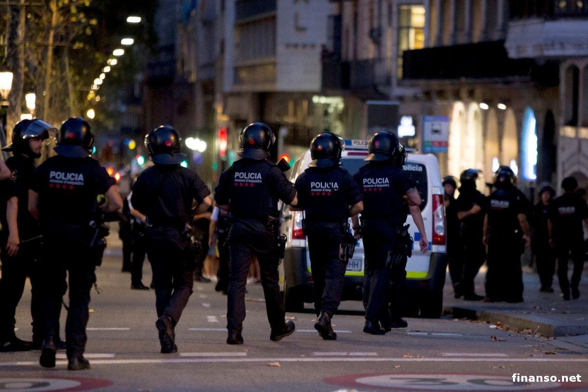 Милиция  ликвидировала 4 террористов вгороде Камбрильс под Барселоной